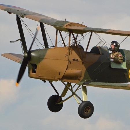 Surrey – Vintage Tiger Moth Taster Experience – £125 at Experience Days