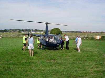 Helicopter Robinson R44 Flights © Les Chatfield 2005