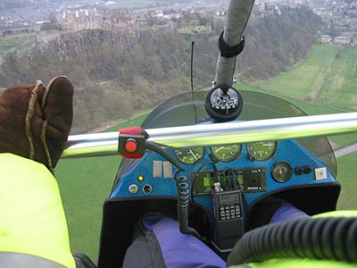 Microlight flight open cockpit experiences © subflux 2005