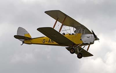 Vintage Tiger Moth Warbird Gift Experience Flight © Tony Hisgett 2011