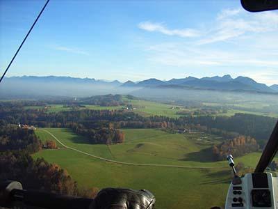 Microlight aerial view © Kiwi wings 2006
