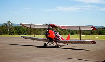 Flexible Vintage 20 Minute Flying Experiences - £179 at Experience Mad