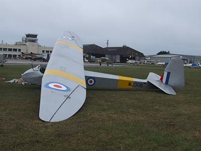 Glider vintage slingsby gliding © Les Chatfield 2010